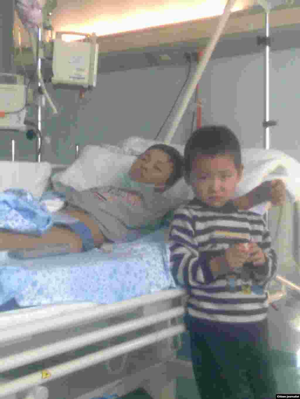 4-летний мальчик навещает своего брата, больного лейкозом. Прислала Бушбахова.А.Т