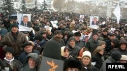 ATƏT bu seçkini Gürcüstanda «demokratiyaya doğru zəfər addımı» adlandırıb
