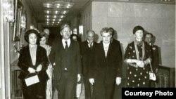 Cancelarul Helmut Schmidt la București alături de președintele Nicolae Ceaușescu (Fototeca online a comunismului românesc)