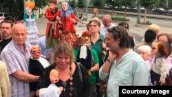 Акция протеста коллектива Театра кукол имени Сергея Образцова против назначения Юрия Шерлинга