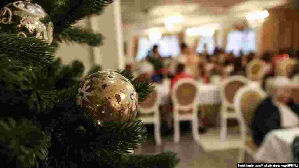 У Києві святкові обіди для бідних людей Спільнота святого Егідія організовує з 1999 року
