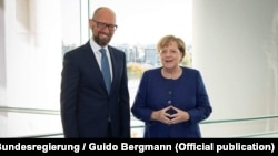 Арсений Яценюк и канцлер Германии Ангела Меркель, Берлин, 5 октября 2018 года
