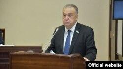 Сенатор Бахтиёр Сайфуллаев (senat.uz сайтидан олинган фотосурат).