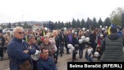 Brojni građani dočekali su Amela Tuku na sarajevskom aerodromu