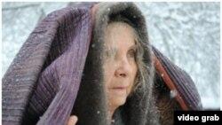 """""""Yozsiz yil"""" filmida ona obrazini Malika Ibrohimova ijro qilgan."""