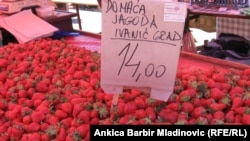 Sa zagrebačke tržnice Dolac, svibanj 2013.