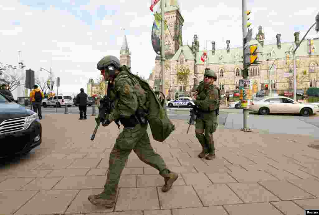 حضور نیروهای امنیتی پس از تیراندازی در پارلمان