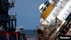 Costa Concordia gəmisi