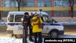 """Каваленку адпраўляюць """"на суткі"""""""