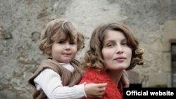 """Кадр из х/ф """"Рожденные в 68-м"""" Оливье Дюкастеля и Жака Мартино"""