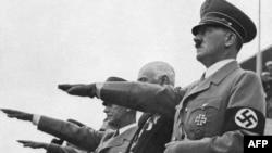 Адольф Гітлер на церемонії відкриття Олімпійських ігор у Берліні, 1 серпня 1936 року