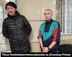 Асия Тулесова и Бейбарыс Толымбеков в зале суда, 21 апреля 2019 года.