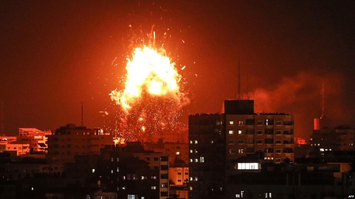 Израиль нанес удар по штабу разведки ХАМАС (видео)