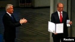 Вручение Нобелевской премии мира 2013 года Организации по запрещению химического оружия. Осло, 10 декабря 2013 года.