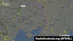 Літак, на якому літає Медведчук, від Анапи летить у Київ