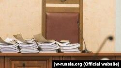 Давлат хизматчилари даромади ва мулкини декларация қилиш коррупцияга қарши кураш билан боғлиқ.