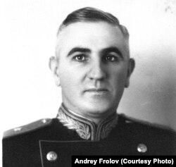 Андрей Фролов, 1945