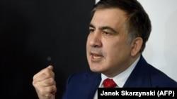 Mikheil Saakashvili Varşavada mətbuat konfransında
