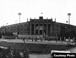 Центральный стадион в Екатеринбурге до реконструкции