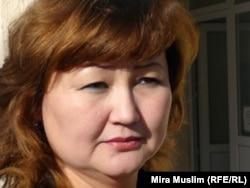 Балаларды СПИД дертінен қорғау қорының президенті Жанетта Жазықбаева. Шымкент, 30 қараша 2010 жыл.