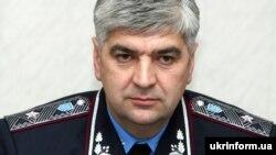 Генерал-майор міліції Олег Сало став головою Львівської облдержадміністрації менш як місяць тому, 31 жовтня 2013 року