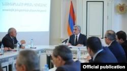 Նախագահ Սերժ Սարգսյանը դատախազությունում խորհրդակցություն է անցկացնում, 29-ը հոկտեմբերի, 2012