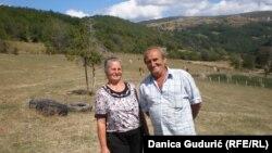Dragana i Rodoljub Marinović na svom imanju u Prijepolju