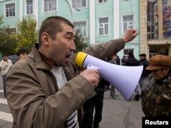 Ташиевдин жактоочуларынын Оштогу митинги, 31-октябрь 2011-жыл.
