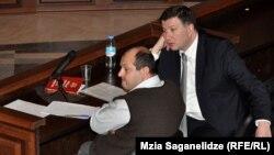 Тбилисский городской суд не счел нужным как-либо ограничить свободу столичного мэра Гиги Угулава