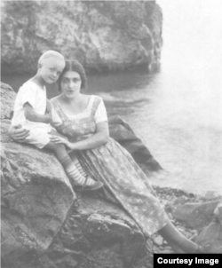 Мария Кашинцева с сыном