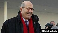 آقای البرادعی تنها به ديدار با يکی از معاونين وزارت امور خارجه اين کشور بسنده کرده است.