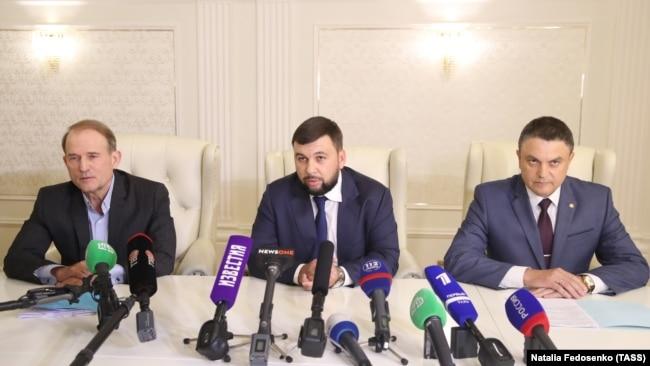 Виктор Медведчук в Минске с лидерами сепаратистов Донбасса, 27 июня 2018 года