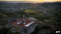 Месторождение нефти в США в штате Северная Дакота.