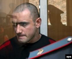 Нурпаша Кулаев на оглашении приговора 26 мая 2006 года