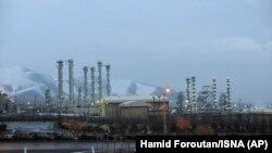 The heavy water nuclear facility near Arak, January 15, 201. File photo