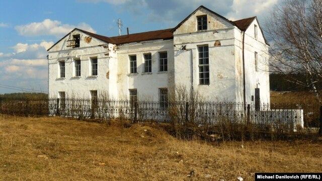 Церковь в Кусье-Александровском