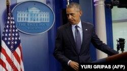 دولت باراک اوباما پیشتر اعلام کرده بود که به علت تحریمها علیه ایران، امکان پرداختاین پول به تهران را از طریق بانکی نداشته است.