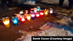Sarajevo, svijeće za ubijene u napadu na Charlie Hebdo