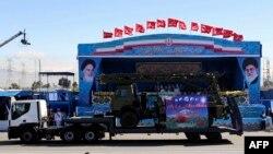 ایران به تازگی بخشهایی از اس۳۰۰ را در جریان یک رژه نشان داده است