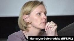 Ленка Віхова, україністка