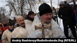 Святкування Водохреща у козацькому селищі Мамаєва Слобода, Київ, 19 січня 2012 року