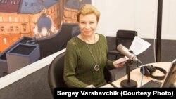 Ксения Ларина. Фото Сергея Варшавчика