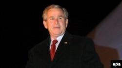 جورج بوش می گوید آمریکا به عملیات نظامی ایران در عراق، واکنش نشان خواهد داد