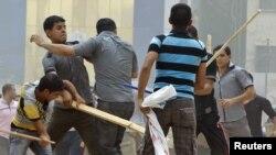 جانب من إشتباكات الجمعة في ساحة التحرير