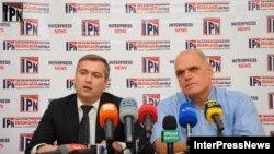 Кибар Кхалваши на пресс-конференции, Тбилиси. 18 октября 2012.