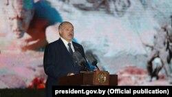 Аляксандар Лукашэнка выступае ў Берасьцейскай крэпасьці, 22 чэрвеня