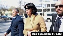 Присутствовавшая на первом заседании в рамках «царского процесса» Анна Багратион-Грузинская от общения с прессой воздержалась