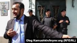 Qırımtatar Milliy Qurultayınıñ Merkeziy saylav komissiya reisi Zair Smedlâyev