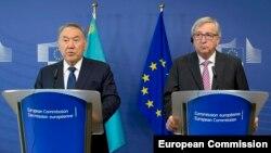 Nursultan Nazarbaev və Jean-Claude Juncker