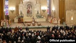 Armenia -- Catholicos Garegin II leads a Christmas mass at Saint Gregory the Illuminator's Cathedral in Yerevan, January 6, 2020.